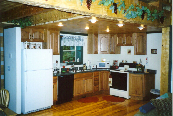 Cabin in the Orchard Bed & Breakfast Kitchen