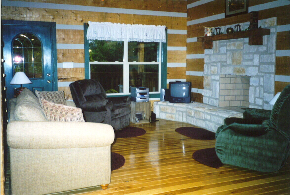 Cabin in the Orchard Bed & Breakfast Living Room